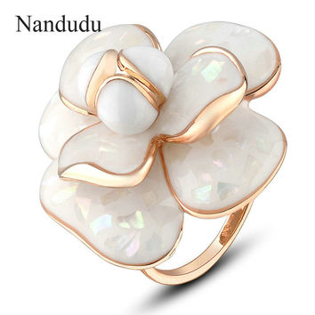 Nandudu High Quality Hot Sale Blooming Flower Rings Bridal Engagement Ring for Women FLASH SALE Jewelry Gift R681
