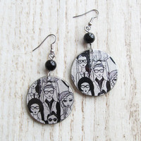 Resin earrings handmade black pattern for fashion people gray background stainless hook