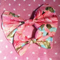 Summer Roses Bow