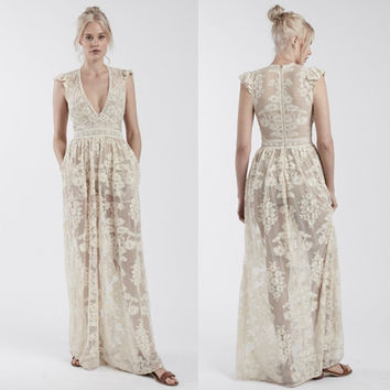 Women Love Luxury White Temecula Maxi Dress Embroidered Floral Mesh Maxidress Elegance White Embroidery Lace Maxi Dress