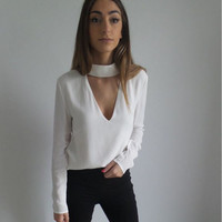 White Long Sleeve V-Neck T-Shirt with Neck Choker