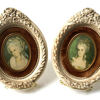 Vintage Cameo Creations Miniature Wall Hangings