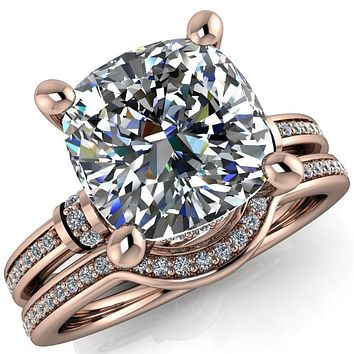 Coco Cushion Moissanite 4 Prong Diamond Shoulder Channel Ring
