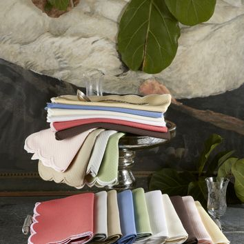 Savannah Gardens Oblong Tablecloths by Matouk