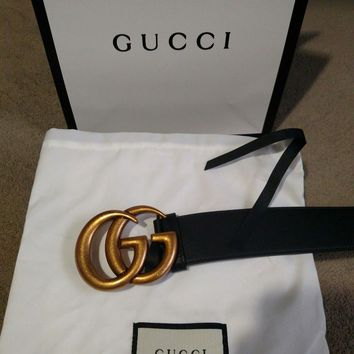 Pre-own Gucci Belt leather Belt size 36-38 double G gold buckle black strap