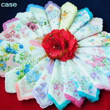 New 35 vintage style floral handkerchiefs mixed lot pretty ladies cotton hankies top sale