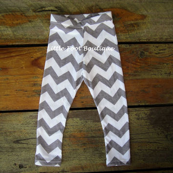 Chevron Leggings - Jersey Knit Fabric - Sizes Infant to Girls 6