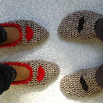 Crochet mens and womens slippers, home shoes for couples, mustache ad lips, gift for him, her Valentines day gift,
