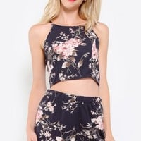 Floral Duchess Crop Top | MakeMeChic.com