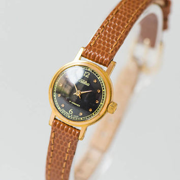Women's watch Glory black face tiny wristwatch gold plated classy watch shockproof wristwatch 70s water protected, premium leather strap new