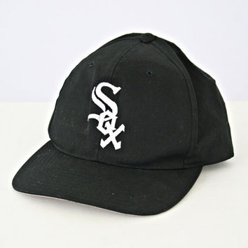 vintage 90s CHICAGO WHITE SOX snapback hat by PasseNouveauVintage