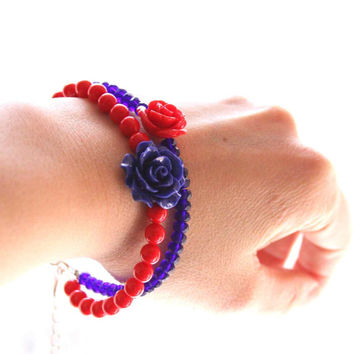 Romantic Bracelet in Cobalt Blue and Red - Roses on your Wrist