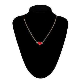Sided Short Necklace Of Hearts