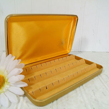 Sparkling Glitter Gold Vinyl Clam Shell Travel Jewelry Case - Vintage Atomic Design Pierced Earrings Box - Gold Satin & Velveteen Lining
