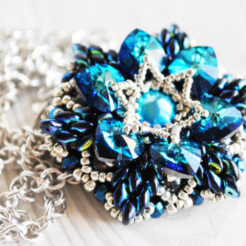Swarovski bermuda blue heart brooch pendant necklace, beaded brooch, OOAK jewelry, weding jewelry, swarovski jewelry, gift for her, blue