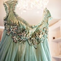 Fashion forward. / Could this be the most beautiful dress on the planet