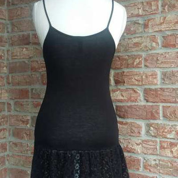 Eikosi Black cami jersey ruffled lace top extender
