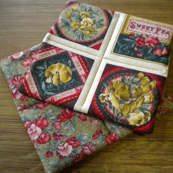 "Set of Pot Holders, Set of Hot Pads, Sweet Pea themed, Set of Hotpads, Floral hot pads, quilted potholders, floral trivets, 6 3/4"" x 6 3/4"""