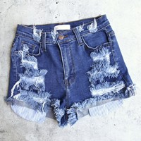 Destroyed denim shorts with striped pockets - medium stone wash