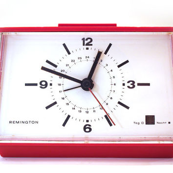 Retro Red Alarm Clock. Remington brand. TYP S80, Made in Germany.