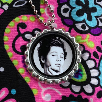 5 Seconds of Summer Ball Chain Necklace and Pendant