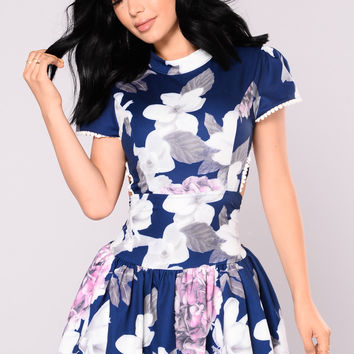 Gwyneth Floral Dress - Navy