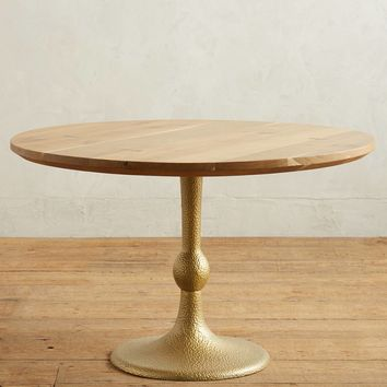 Tulipa Dining Table