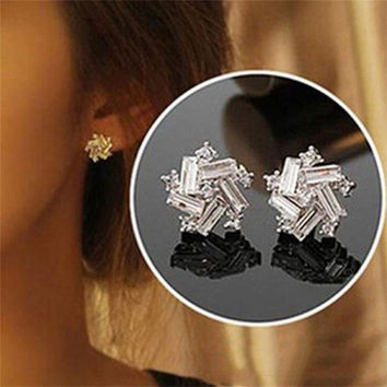 1Pair Charm Women Retro Elegant Rhinestone Windmill Ear Stud Fashion Crystal Earrings (Color: Silver) = 1714514948