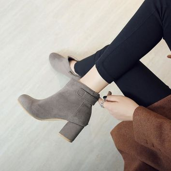 Suede Round Toe Middle Chunky Heels Short Boots