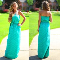 What Meets the Eye-let Maxi Dress in Jade