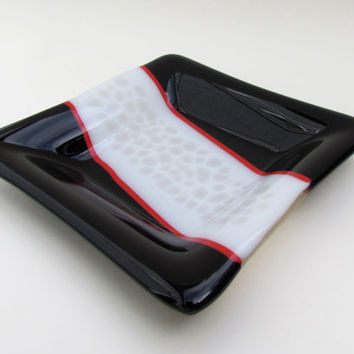 Black, White, and Red Fused Glass Plate with Organic Pattern, Black Plate, White Plate, Red Plate, Glass Art, Sushi Plate, Functional Art