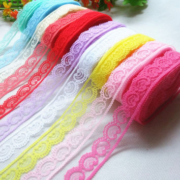 new! Free shipping 10 yards of beautiful lace ribbon, 2.2 cm wide, DIY jewelry clothing / flowers and other accessories.
