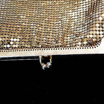 Gold Enamel Mesh Whiting Davis Evening Coin Pouch Purse 1940s Fashion Christmas Wedding Late Art Deco Early Mid Century Coin Handbag Bag