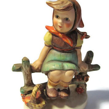 Goebel Hummel Figurine Just Resting Signed Marked 1938 #112 3/0