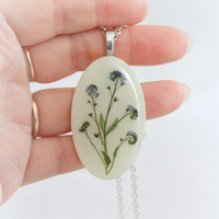 Blue forget green flower white  pendant, Real Flower Jewelry Resin necklace Dried flowers Summer bouquet Herbal Oval resin pendant