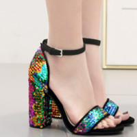 New sexy gradient sequined chunky heel open-toe sandals are hot sellers