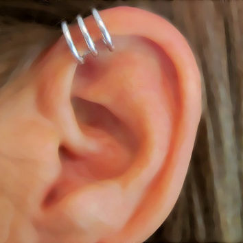"No Piercing Men's Unisex Ear Cuff Handmade ""Circles"" for Upper Ear 1 Cuff Silver Tone"
