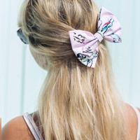 Pink Retro 1950s Car Print Rockabilly Pin Up hair bow clip - IN 2 SIZES