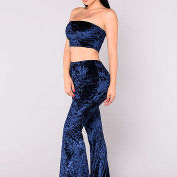 Euphoria Crushed Velvet Set - Blue