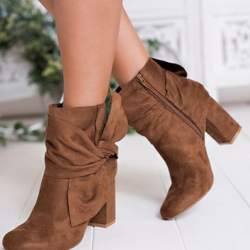 Raylin Bow Booties (Tan)