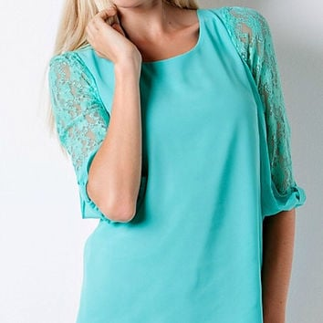 Lace Sleeves Flowy Top - Green