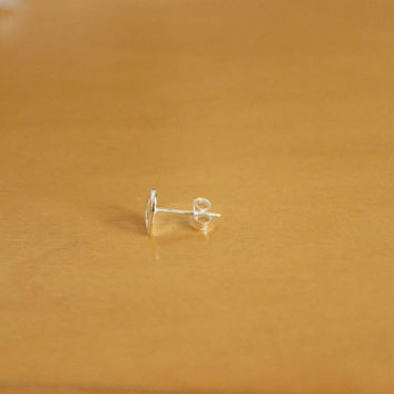 Sterling silver Star Cartilage Earring, Star Nose Stud, Star Tragus, Tiny Star Earring, Tiny Star stud earring, Tiny Earring, Nose Ring