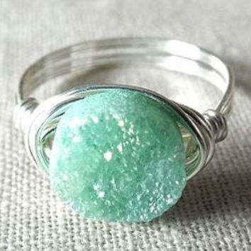 Green Druzy Ring - Mint Green Ring - Green Quartz Ring - Wire Wrapped Jewelry Handmade - Unique Ring - Simple Ring - Gift for Best Friend