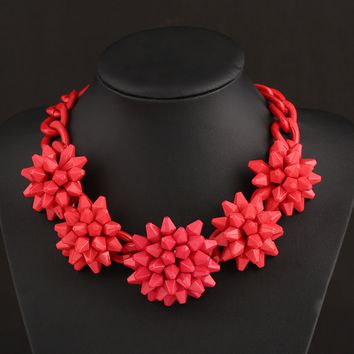 Exaggerated Flower Necklace Bib