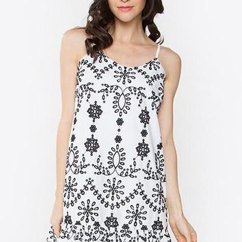 Kacie Embroidered Dress (White-Black)