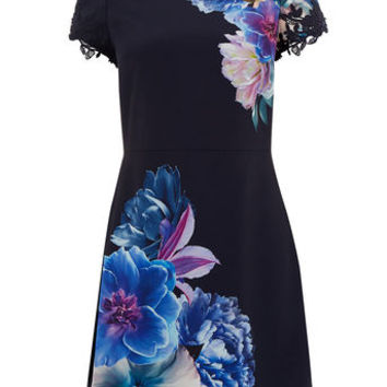 WILD FLORAL SHIFT DRESS