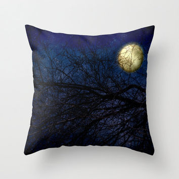 Throw Pillow Cover Blue Moon photography