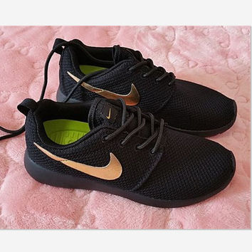 Nike Roshe Run Sport Casual Shoes Sneakers Black golden hook