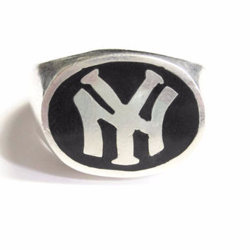 Vintage New York Yankees Ring Sterling Silver and Onyx Mens Size 10
