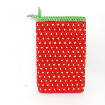 Strawberry Kindle Voyage cover, Red Nook Glowlight plus sock, eco Kobo Aura 2 pouch, vegan ONYX BOOX ebook case, Kobo Touch 2 reader sleeve